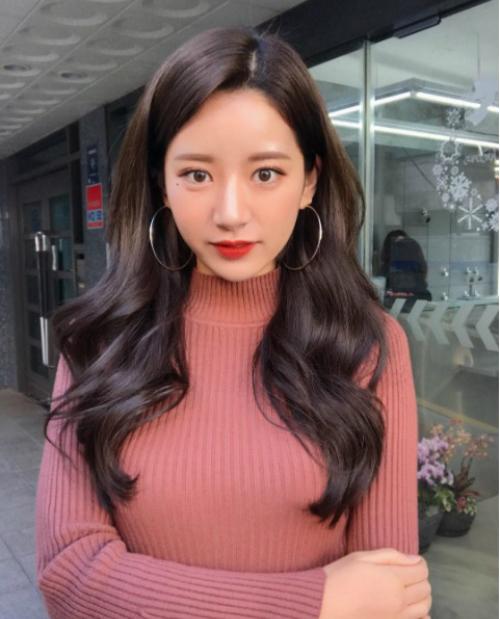 stylist-chuyen-ve-toc-dinh-dam-xu-han