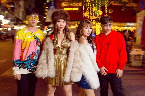 yen-trang-keo-nguyen-team-the-remix-xuong-pho-khoe-street-style-8