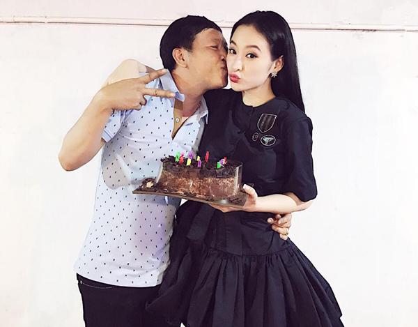 sao-viet-12-1-dong-nhi-mac-vay-nhu-khong-ngoc-trinh-than-thiet-con-dau-tuong-lai-6