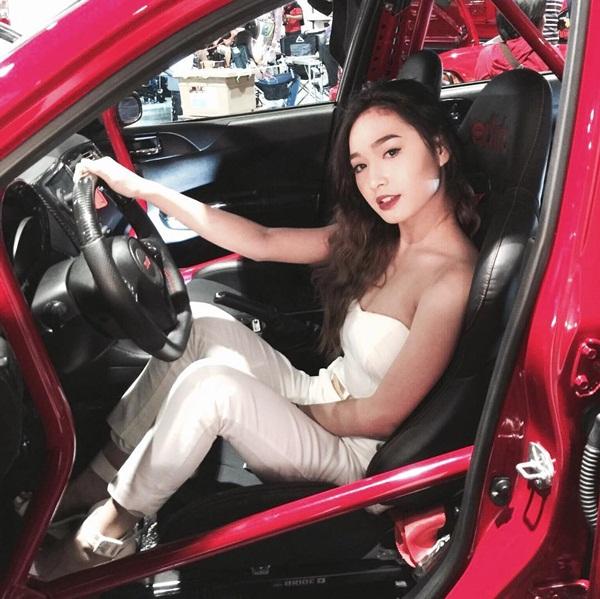 hot-girl-philippines-19-tuoi-mat-xinh-dang-dep-hon-hoa-hau-8