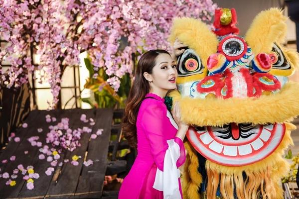 sao-viet-15-1-mai-ngo-co-make-up-kieu-khong-chan-may-diep-lam-anh-nguc-day-sexy-6