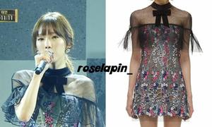 Váy, áo xuyên thấu chiếm lĩnh tủ đồ idol Hàn tại sự kiện cuối năm