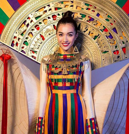 le-hang-gay-chu-y-o-miss-universe-chang-kem-pham-huong-11