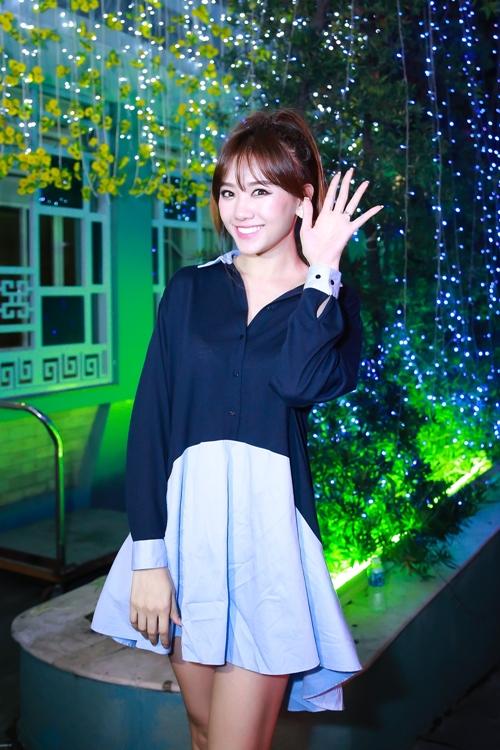 hari-won-ngu-gat-an-banh-mi-chong-doi-truoc-khi-len-san-khau