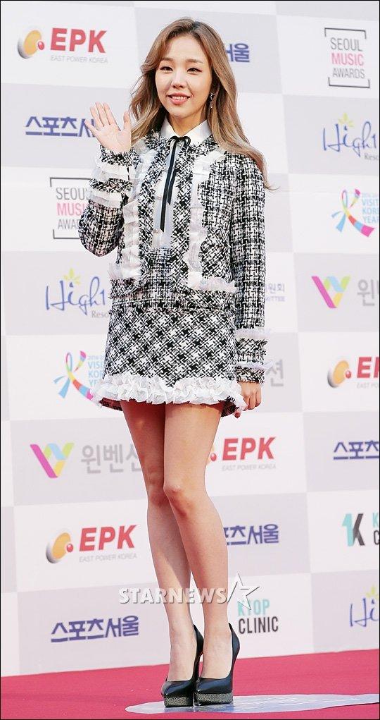 seoul-music-awards-loat-idol-nu-kho-so-che-chan-vi-vay-ngan-4