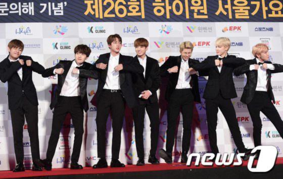 seoul-music-awards-loat-idol-nu-kho-so-che-chan-vi-vay-ngan-19
