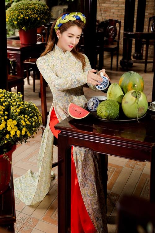 hot-girl-linh-napie-e-ap-don-xuan-5