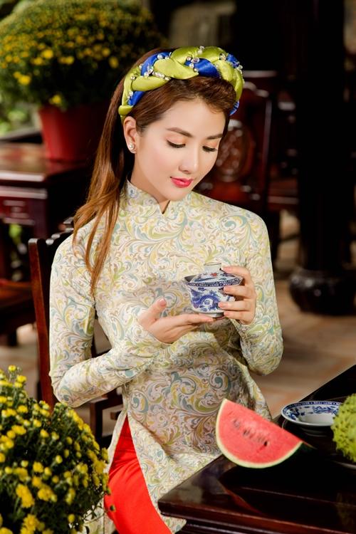 hot-girl-linh-napie-e-ap-don-xuan-7