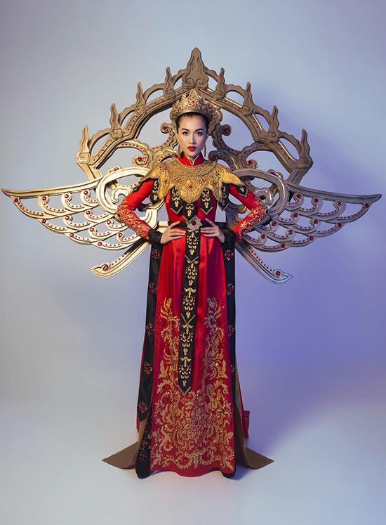 le-hang-chon-bo-quoc-phuc-la-mat-nhat-tu-truoc-den-nay-thi-miss-universe-10
