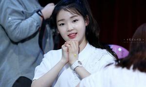 Idol nữ 'kém sắc' bật khóc khi hát 'Ugly' của 2NE1
