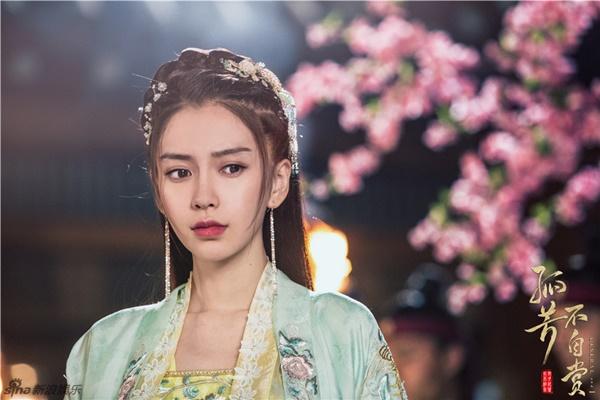 8-phim-chuyen-the-ngon-tinh-duoc-fan-viet-mong-doi-nhat-2017-1