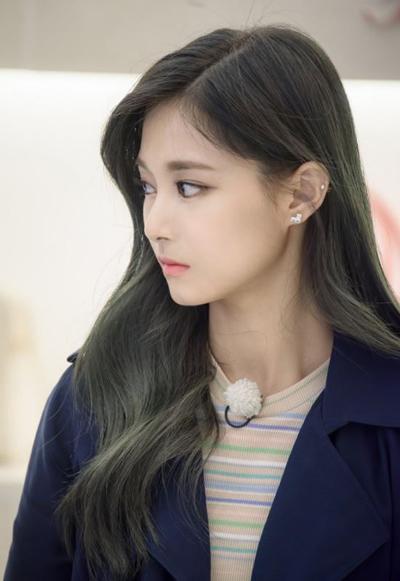 3-dac-diem-co-the-cua-idol-nu-kpop-khien-fan-han-phat-cuong-2