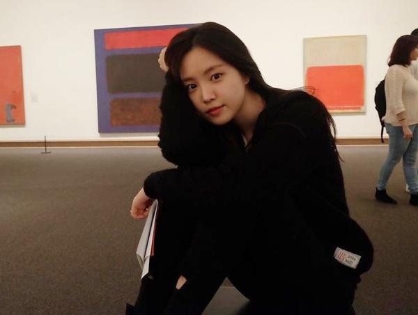 sao-han-31-1-hyo-min-dung-tay-che-mat-moc-jae-joong-da-trang-nhu-phat-sang-6
