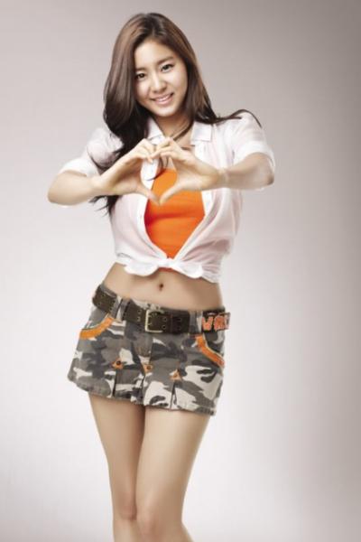 phan-ung-cua-cac-than-tuong-kpop-sau-khi-say-ruou-3
