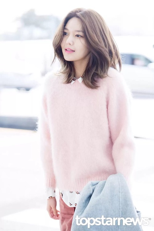 jessica-hoi-teen-voi-style-nu-sinh-soo-young-chat-lu-o-san-bay-7