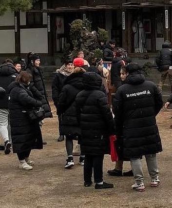 yoon-ah-kim-so-hyun-lo-tao-hinh-trong-2-bom-tan-co-trang-2017-8