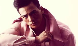 Chàng thơ của Đỗ Mạnh Cường mặc đồ hồng, tím vẫn 'chuẩn men'