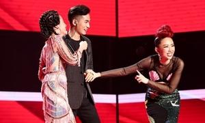 Chàng trai có giọng hát gây 'sát thương' khiến HLV The Voice giành giật