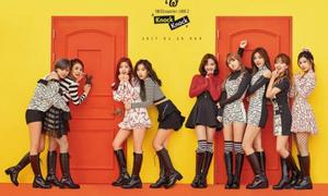 Twice làm sập web bán album, G-Friend đội tóc giả giấu tóc comeback