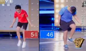 Cậu bé Trung Quốc nhảy dây 1.000 cái với 'tốc độ ánh sáng'