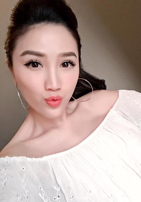 xi-ta-hot-girl-viet-trang-diem-the-nao-khi-di-choi-valentine-9