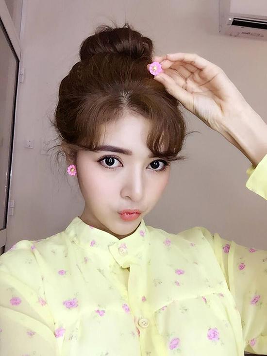 xi-ta-hot-girl-viet-trang-diem-the-nao-khi-di-choi-valentine-1