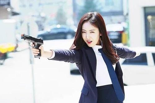 6-nu-idol-xung-danh-dancing-queen-the-he-moi-o-kpop-3