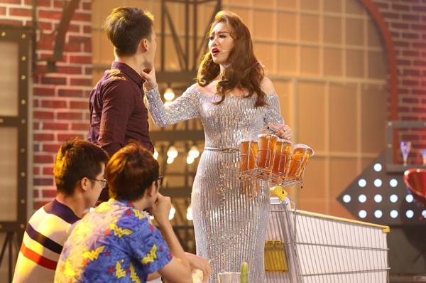 hanh-trinh-giam-gan-10kg-tu-khi-lay-chong-cua-hari-won-8
