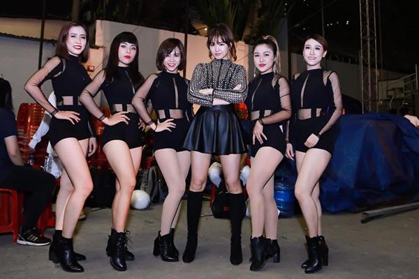 hanh-trinh-giam-gan-10kg-tu-khi-lay-chong-cua-hari-won-4