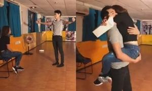 Quang Đăng dùng sở trường để tỏ tình khiến Thái Trinh bật khóc