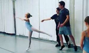 'Bố nhà người ta' múa ba lê điệu nghệ cùng con gái
