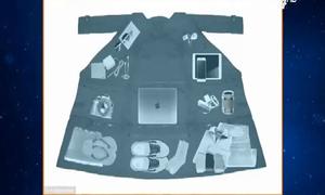 Chiếc áo thần kỳ chứa tới 15kg hành lý