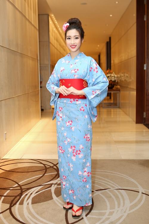 hoa-hau-my-linh-dien-kimono-xinh-nhu-gai-nhat-khi-dien-kimono