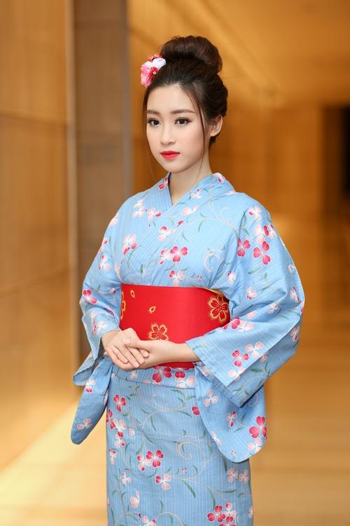 hoa-hau-my-linh-dien-kimono-xinh-nhu-gai-nhat-khi-dien-kimono-1