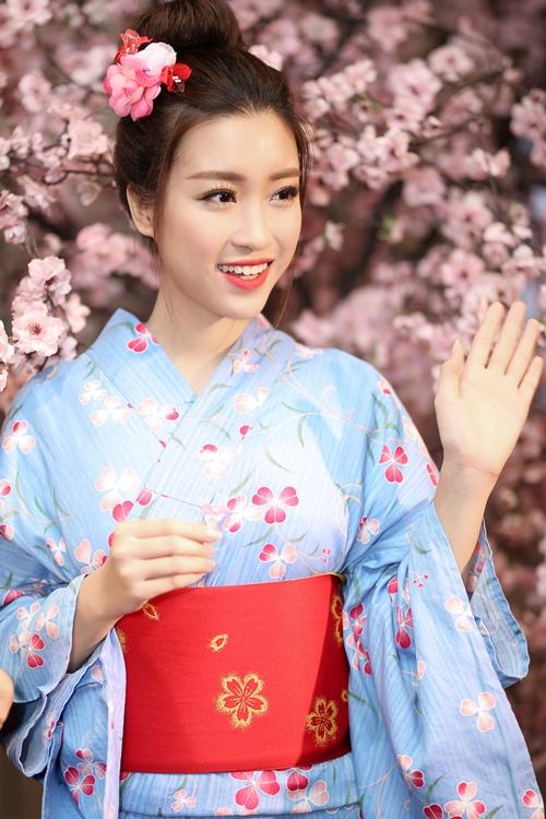 hoa-hau-my-linh-dien-kimono-xinh-nhu-gai-nhat-khi-dien-kimono-2
