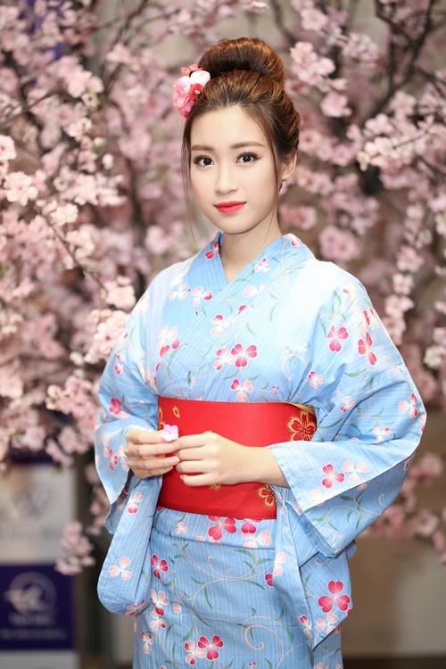 hoa-hau-my-linh-dien-kimono-xinh-nhu-gai-nhat-khi-dien-kimono-3