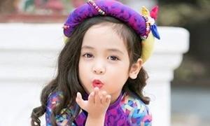 Cô bé 5 tuổi cover loạt hit Vpop hút lượt xem