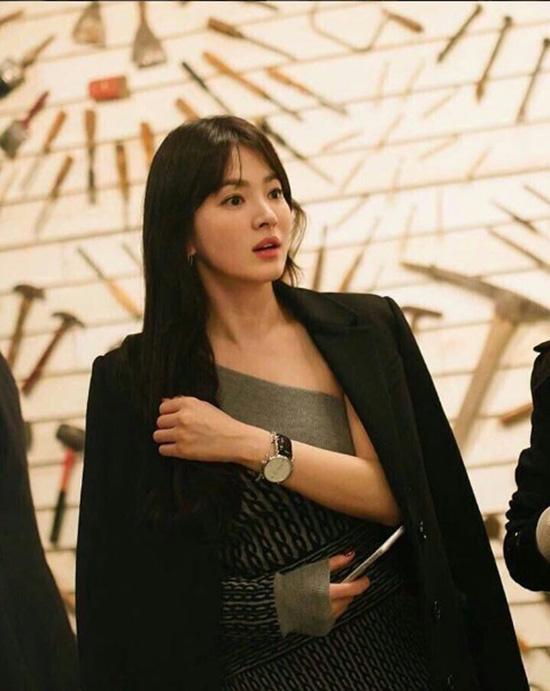 hoang-thuy-song-hye-kyo-sanh-dieu-du-show-burberry-4