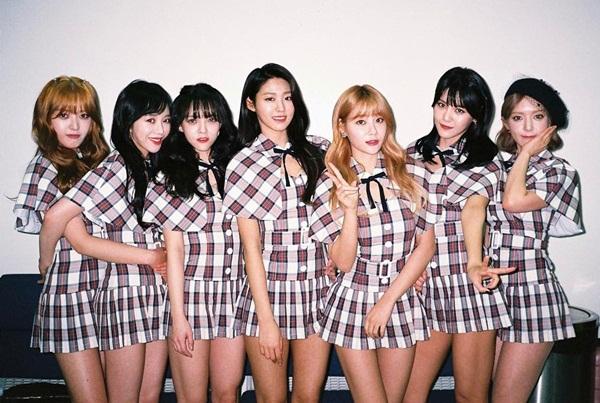 sao-han-23-2-song-hye-kyo-tinh-tu-ben-yoo-ah-in-exid-chan-dai-hut-mat-6