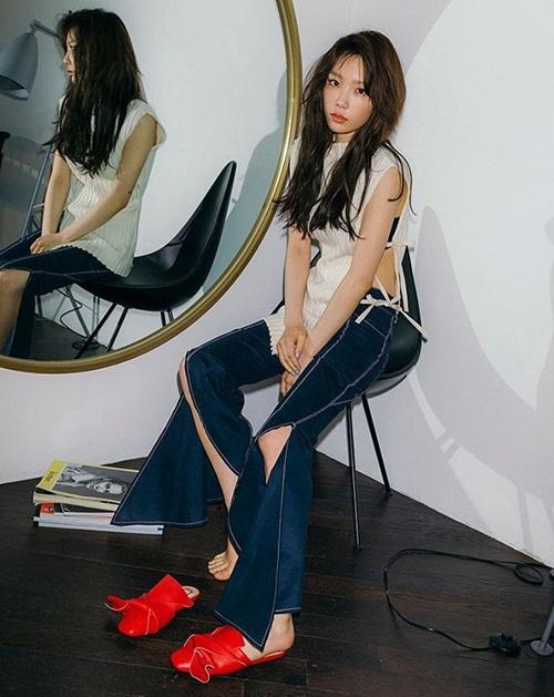 sao-han-23-2-song-hye-kyo-tinh-tu-ben-yoo-ah-in-exid-chan-dai-hut-mat-2