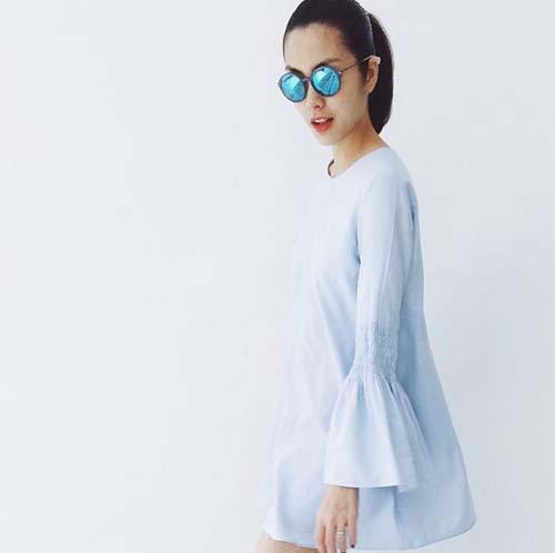 Nữ diễn viên Tăng Thanh Hà biết cách chọn các bộ váy rộng giấu chiếc bụng bầu