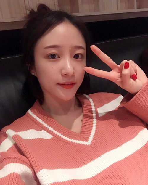 sao-han-27-2-krystal-mat-nghieng-lanh-lung-cl-quen-mac-ao-5