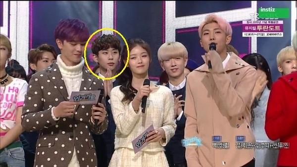 3-lan-idol-kpop-bi-che-tho-lo-khi-dong-nghiep-nhan-cup-9