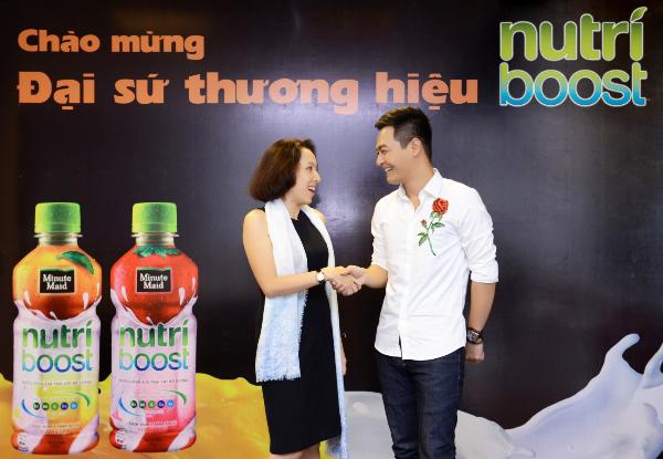 phan-anh-la-dai-su-thuong-hieu-doc-quyen-nutriboost-2017-1