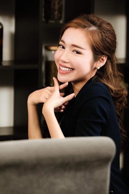 sao-viet-5-3-nha-phuong-dim-hang-ban-trai-huong-giang-idol-duoc-cham-soc-tan-rang-3