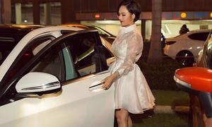 Miu Lê lái xe 4 tỷ đi sự kiện