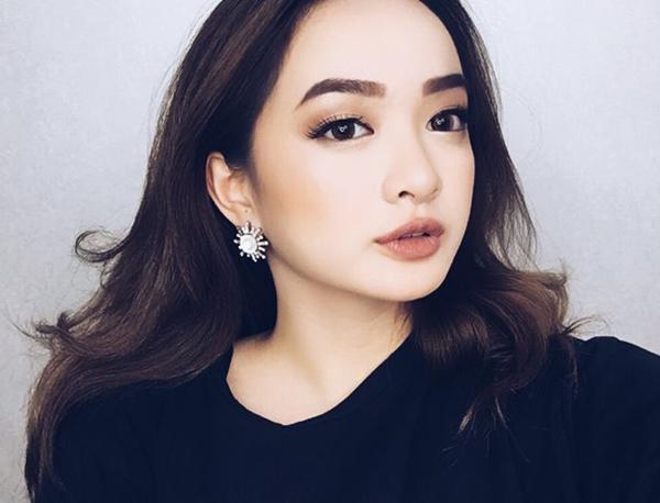 kaity-nguyen-hotgirl-eo-banh-mi-van-cuc-sexy