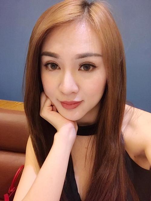 sao-viet-10-3-lan-ngoc-binh-than-truoc-chuyen-chia-tay-ha-tang-mat-u-nu-sap-sinh-2-4