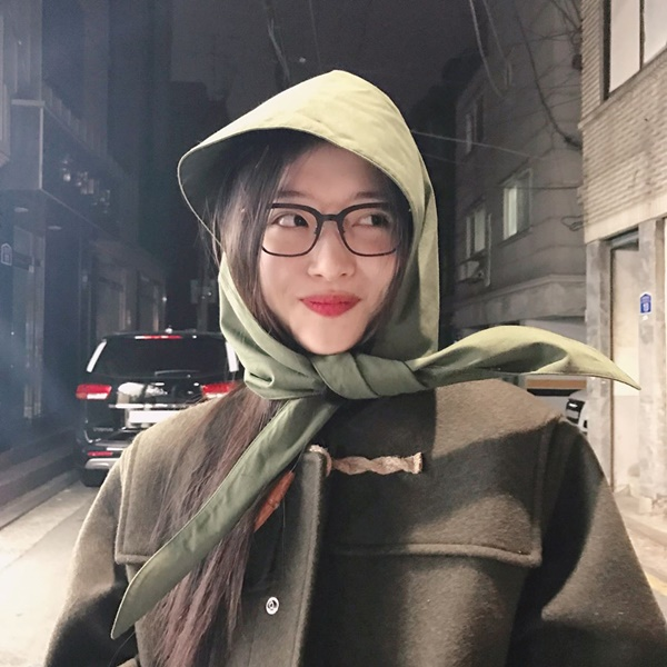 sao-han-12-3-yuri-mat-xinh-dang-dep-na-yeon-cuoi-khoe-rang-tho-cute-6