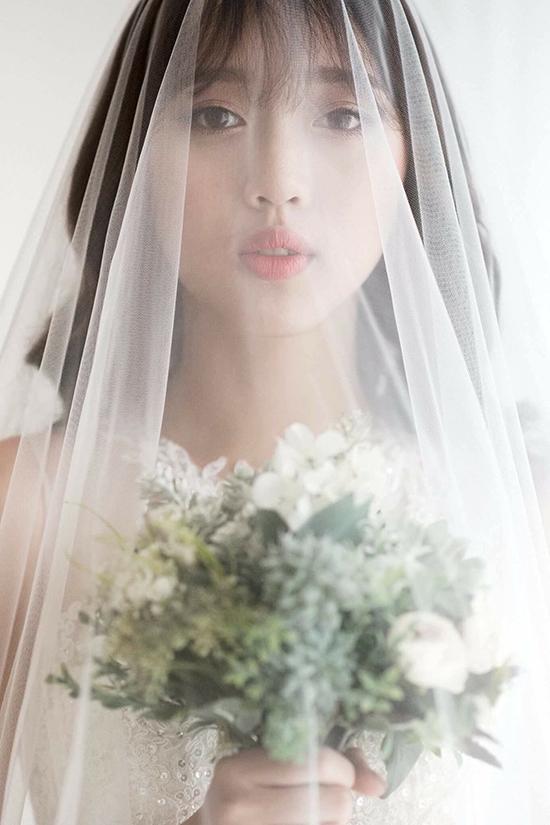 hot-girl-toc-tim-co-giong-hat-nhu-dam-le-gay-sot-vietnams-next-top-model-3